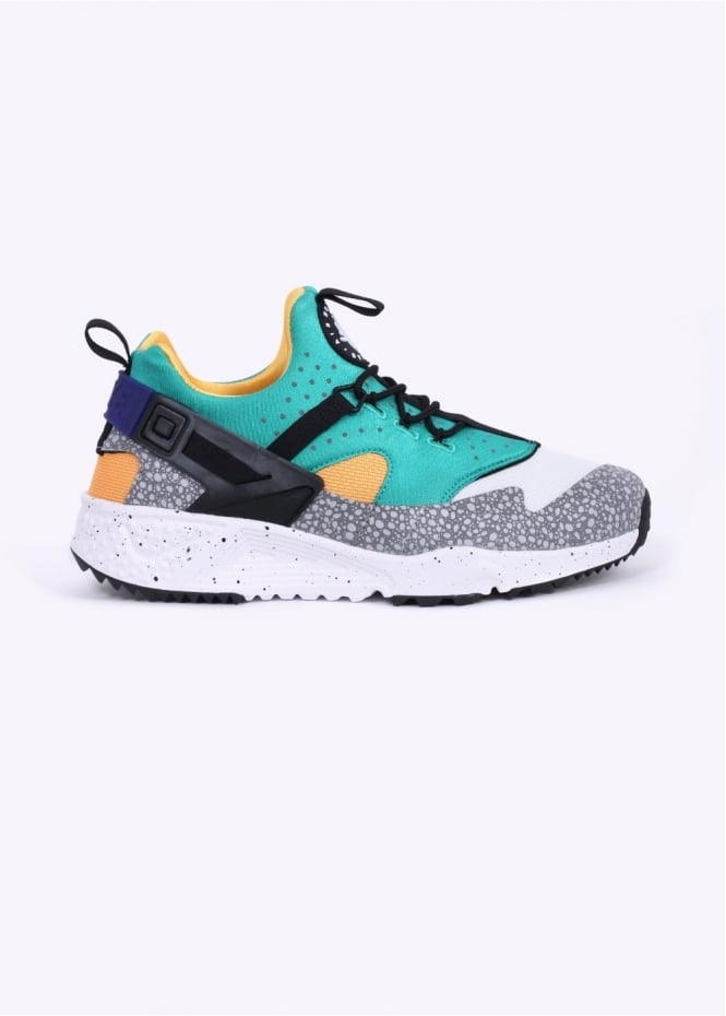 Nike Footwear Air Huarache Utility Trainers - Emerald / White