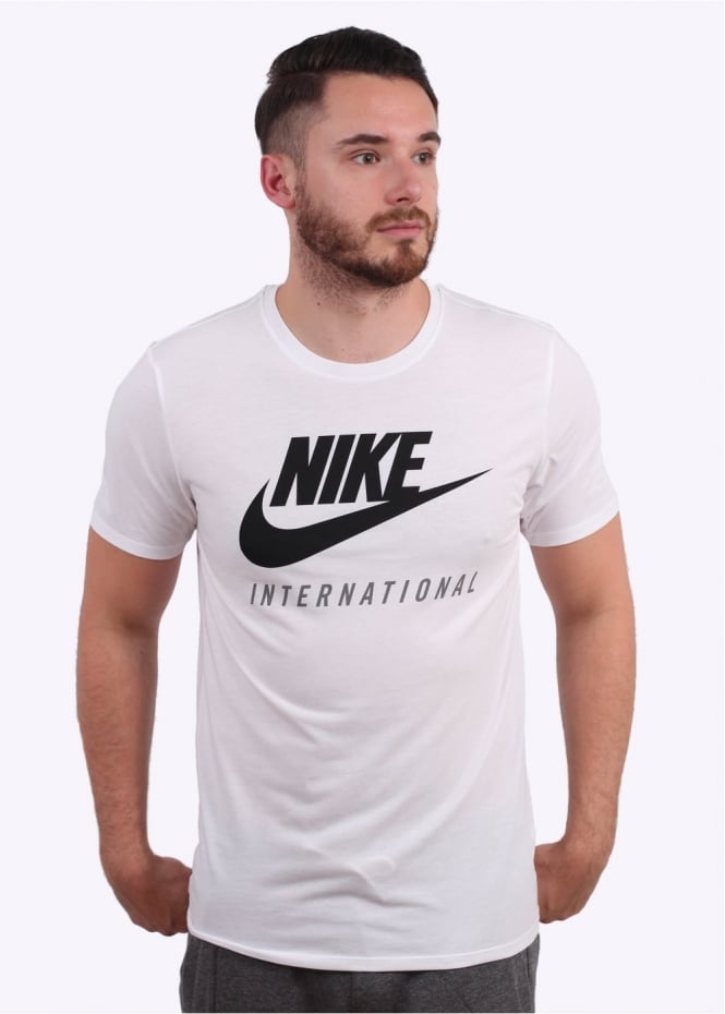 Nike Apparel International T-Shirt - White