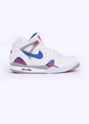 Nike Quickstrike QS Air Tech Challenge II Trainers - White