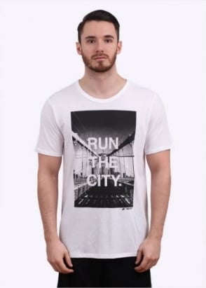 Nike Apparel Run The City Tee - White