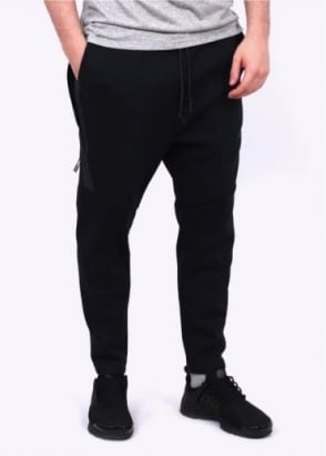 Nike Apparel Tech Fleece Cropped Pants - Black