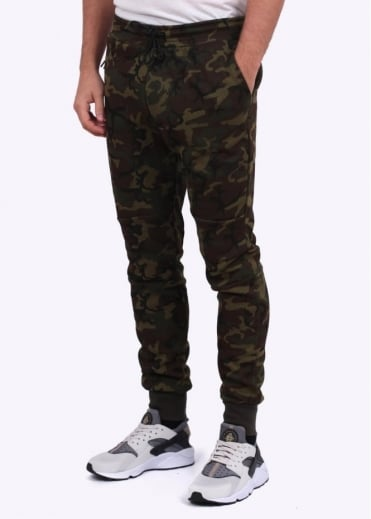 Nike Apparel Tech Fleece Pant - Camo Green