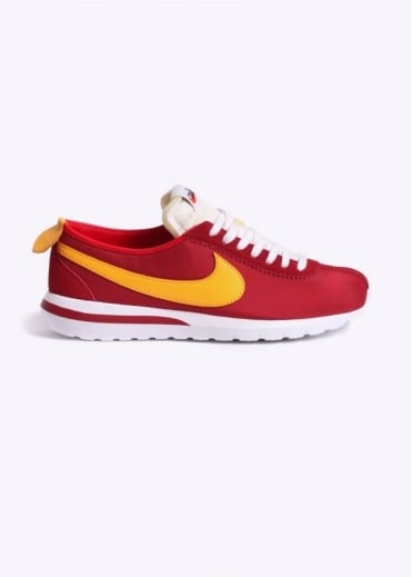 Nike Footwear Roshe Cortez NM Trainers - University Red