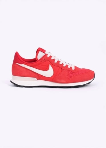 Nike Footwear Internationalist Trainers - Crimson / Sail