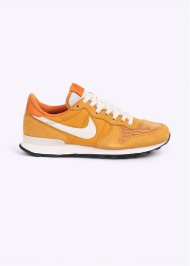 Nike Footwear Internationalist Trainers - Gold / Sail