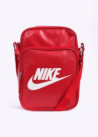Nike Accessories Heritage II Bag - Red