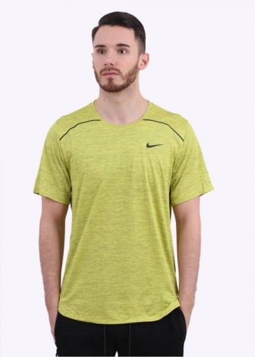 Nike Apparel Lab Essentials Training Top - Electric Yellow