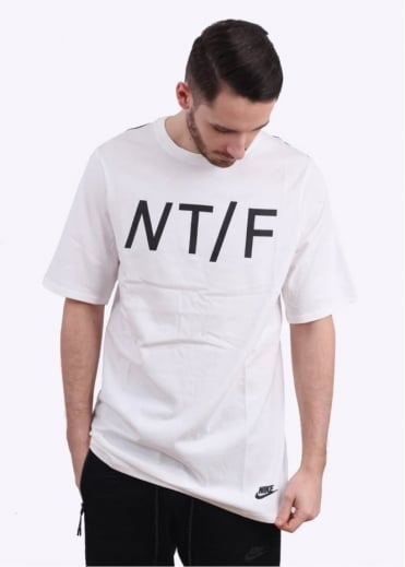Nike Apparel T/F Seasonal Tee - White / Black