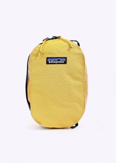 Patagonia Small Black Hole Cube - Sulphur Yellow