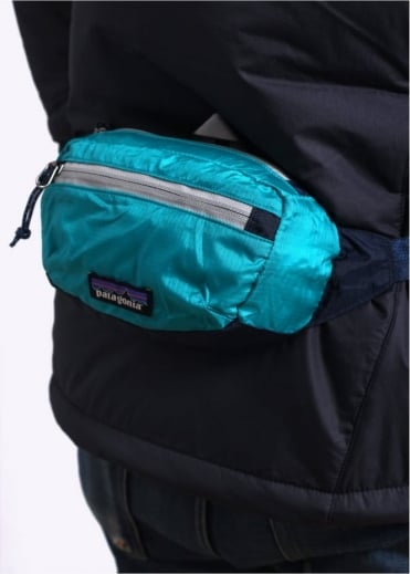 Patagonia LW Travel Mini Hip Pack - Epic Blue