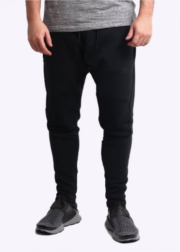 Nike Apparel Tech Fleece Pant - Black