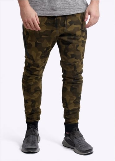 Nike Apparel Tech Fleece Jogger - Olive Flak