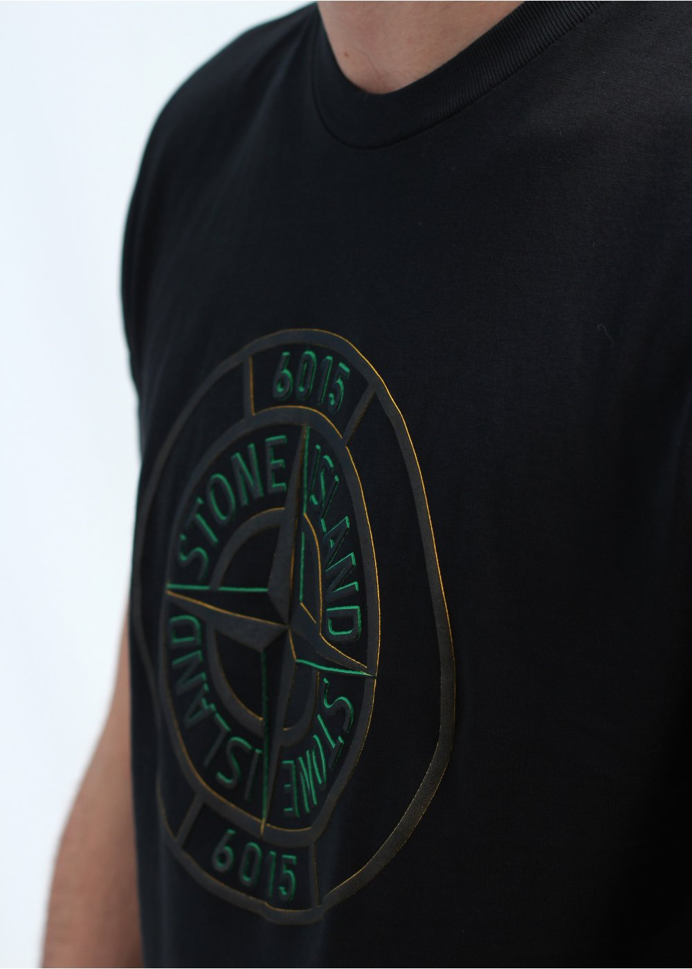 stone island logo t shirt black. Black Bedroom Furniture Sets. Home Design Ideas