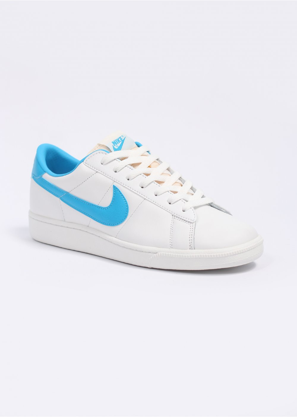 nike tennis classic rm trainers summit white vivid blue. Black Bedroom Furniture Sets. Home Design Ideas