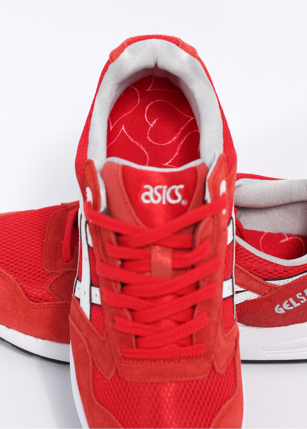 asics red trainers