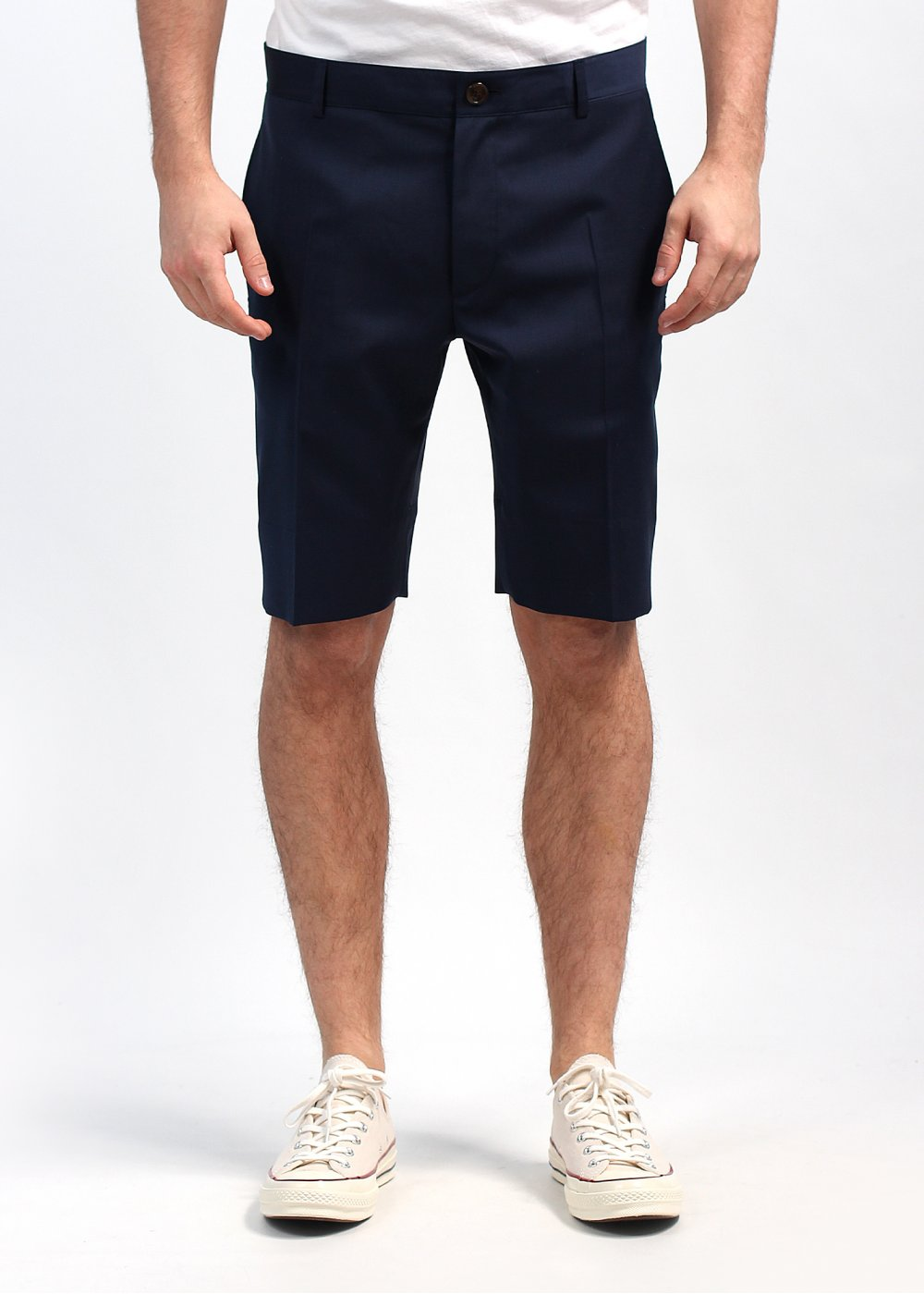 Discover casual and tailored designs in our men's shorts collection. Pure cotton and breathable blends with a hint of stretch give you a comfortable fit.