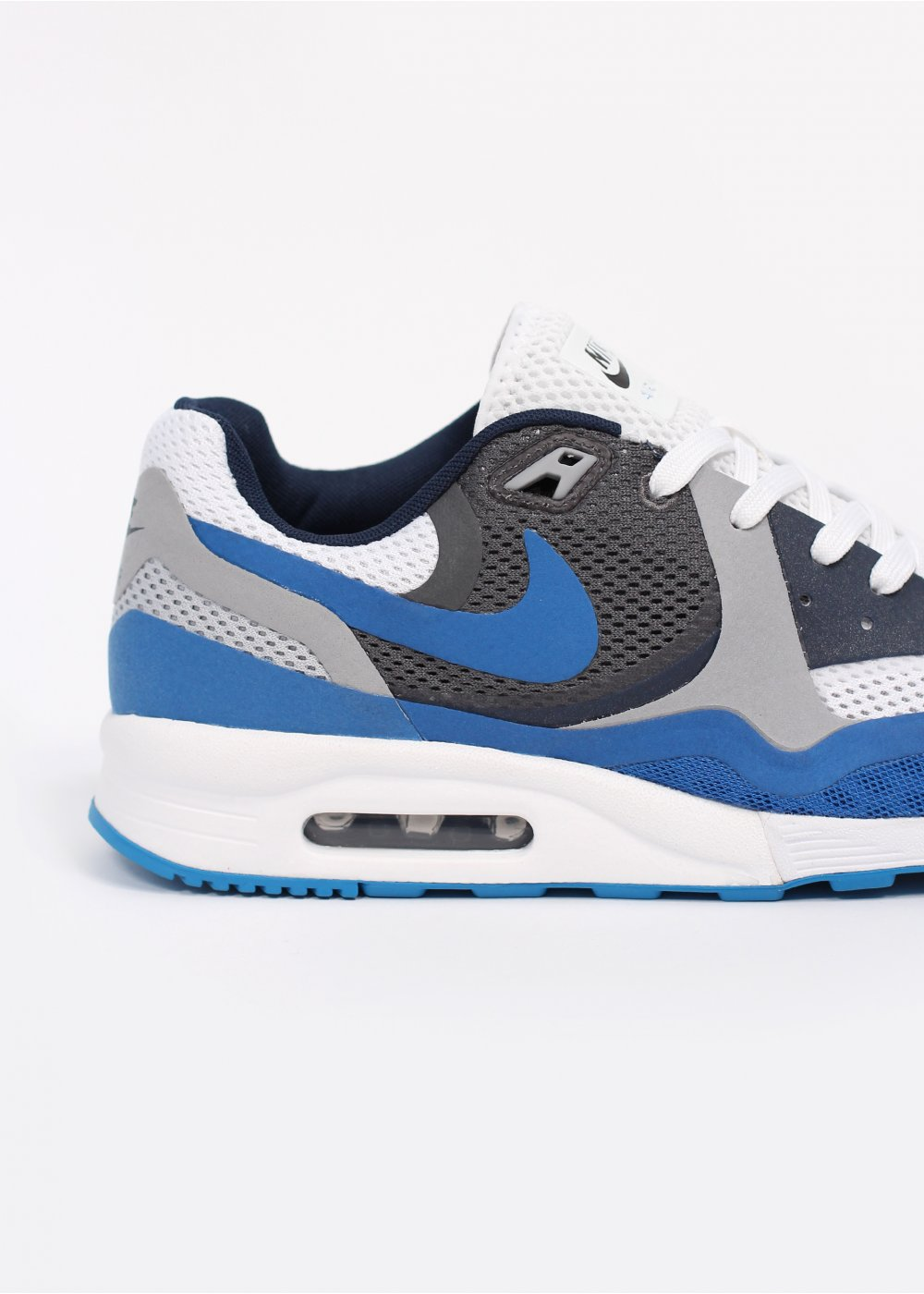 nike air max light breathe trainers white blue. Black Bedroom Furniture Sets. Home Design Ideas