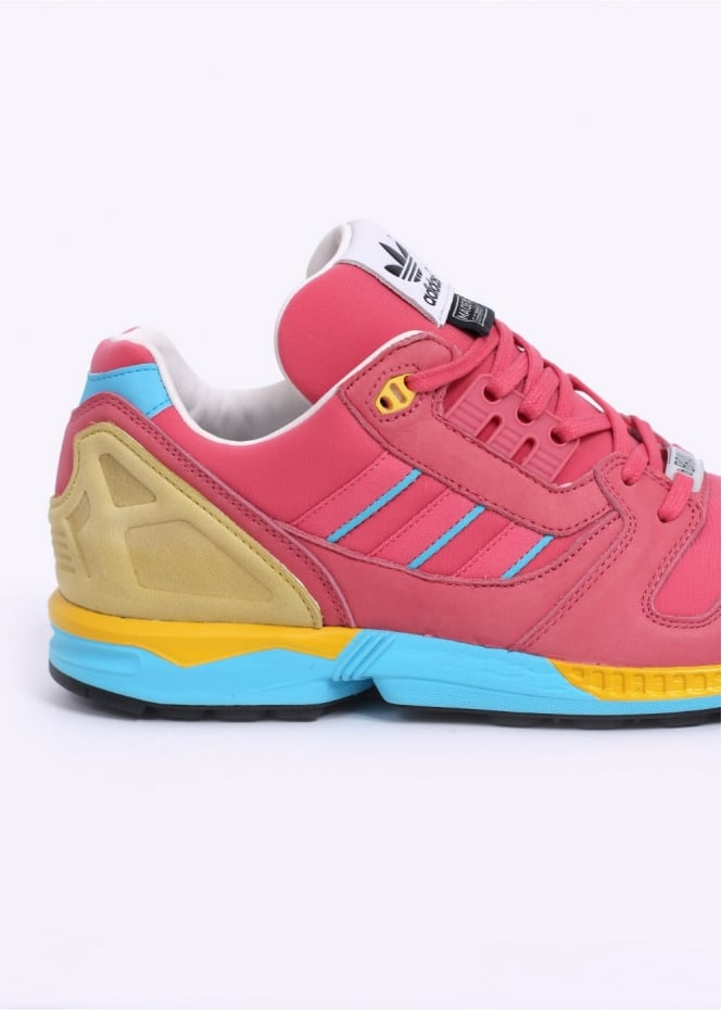 28779caf533a1 Fall of the Wall - Bravo  ZX 8000 Trainers - Bliss Pink   Light Aqu