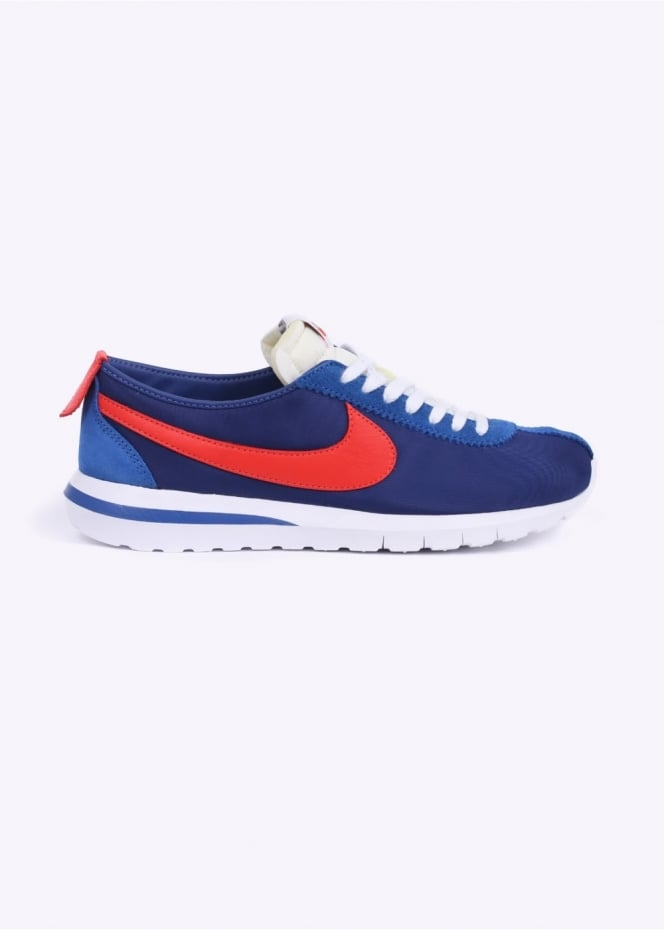 Nike Footwear Roshe Cortez NM Trainers - University Blue