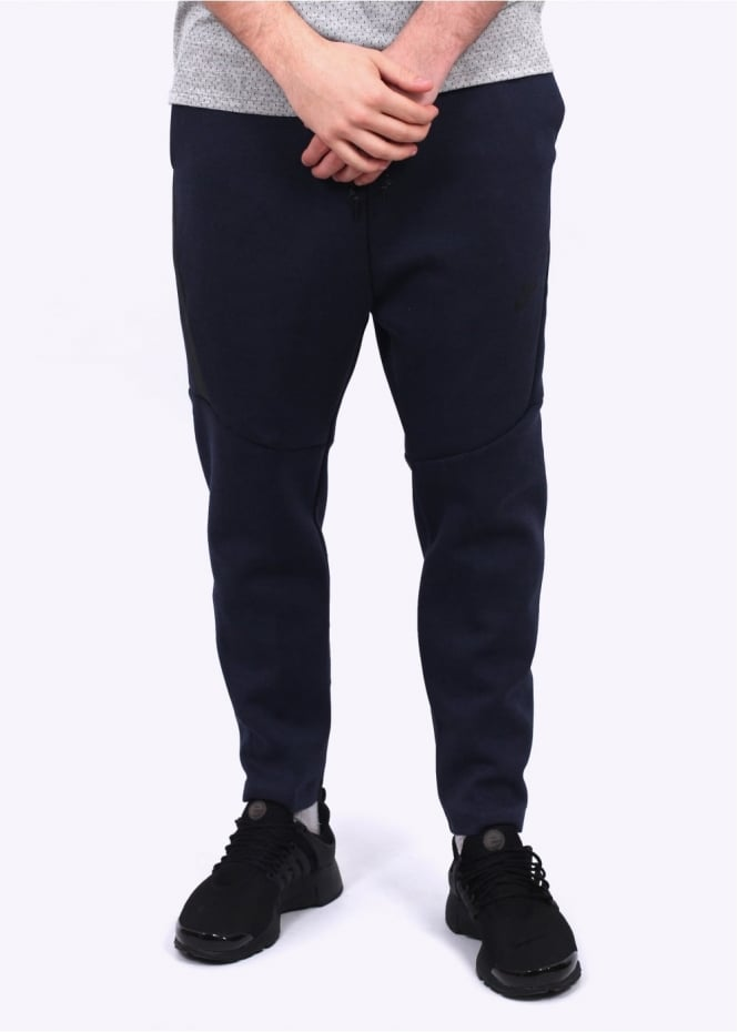 Nike Apparel Tech Fleece Cropped Pants - Obsidian