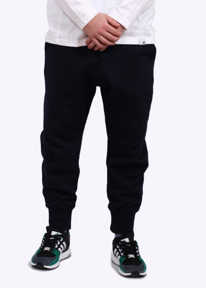Flexibility Adidas Originals Ink California Track Pant In