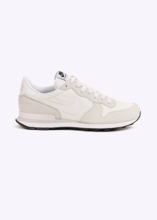 reputable site d47be 4c8a7 Internationalist - Off White