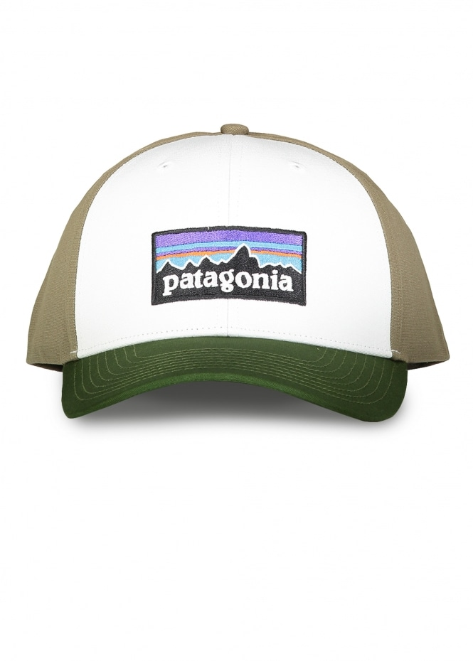 Patagonia P-6 Logo Roger That Hat - White   Glades Green - Headwear ... 2fca8102c25c
