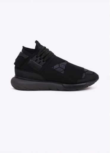 Qasa High Trainer - Black
