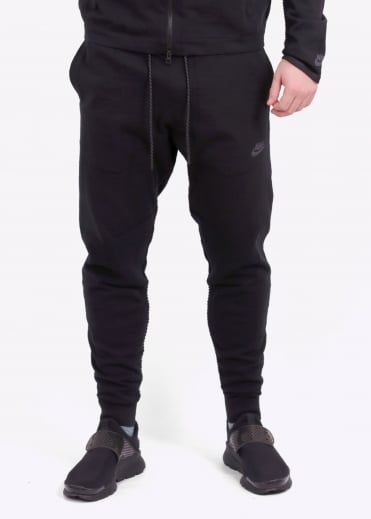 Nike Apparel Tech Knit Pant - Black