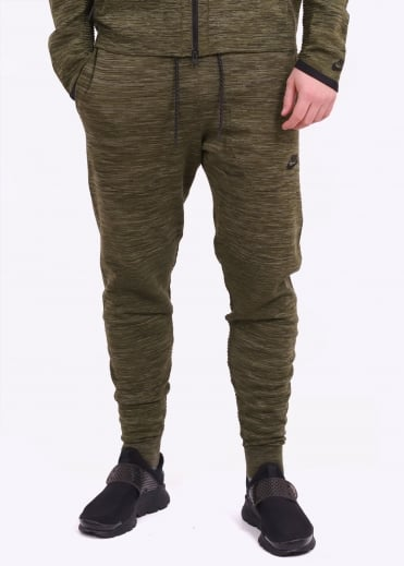 Nike Apparel Tech Knit Pant - Legion Green