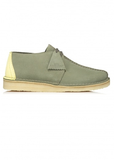 59dfd7e3021 Clarks Originals at Triads