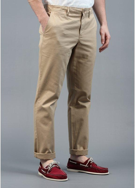 bright in luster dependable performance top-rated professional Lyle & Scott Vintage Chino Trousers Sand
