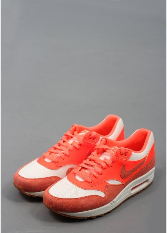 Air Max 1 Vintage Trainers - Sail / Bright Mango