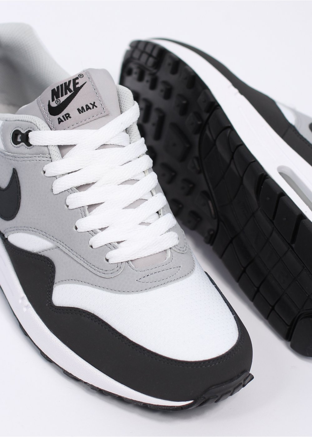 authorized site 100% quality big sale Nike Footwear Air Max 1 Essential Trainers - White / Anthracite