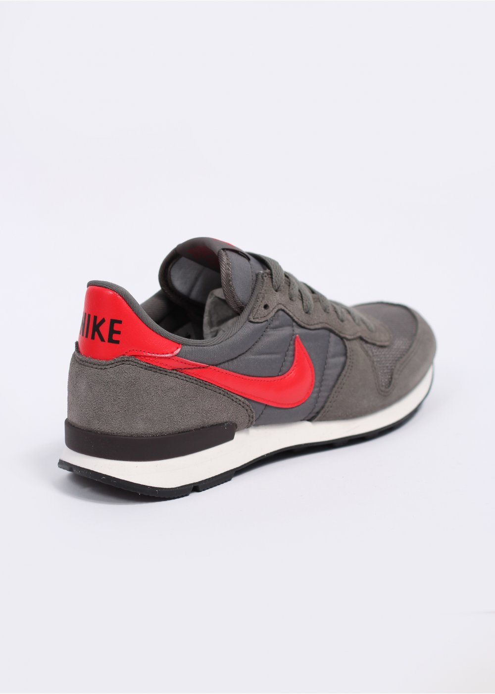 san francisco dc0bd 4e879 Internationalist Trainers - Dark Pewter   Light Crimson
