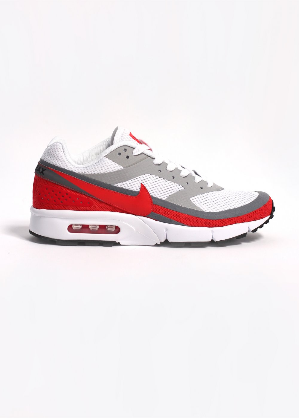 separation shoes 06a9e 88aa8 Air Classic BW Gen II Trainers - White / Light Crimson