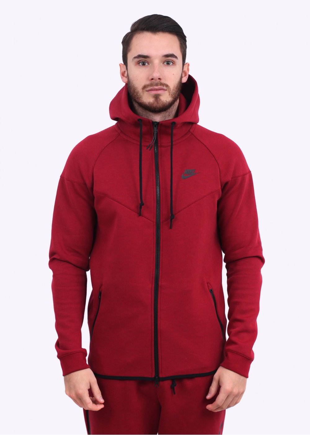 751d82ff9004 Nike Tech Fleece Windrunner - Burgundy