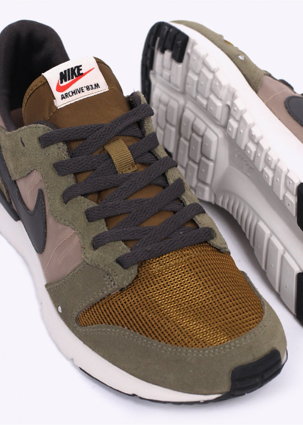 Aguanieve Contagioso Noreste  Nike Archive '83.M Trainers - Medium Olive / Deep Pewter / Desert Camo