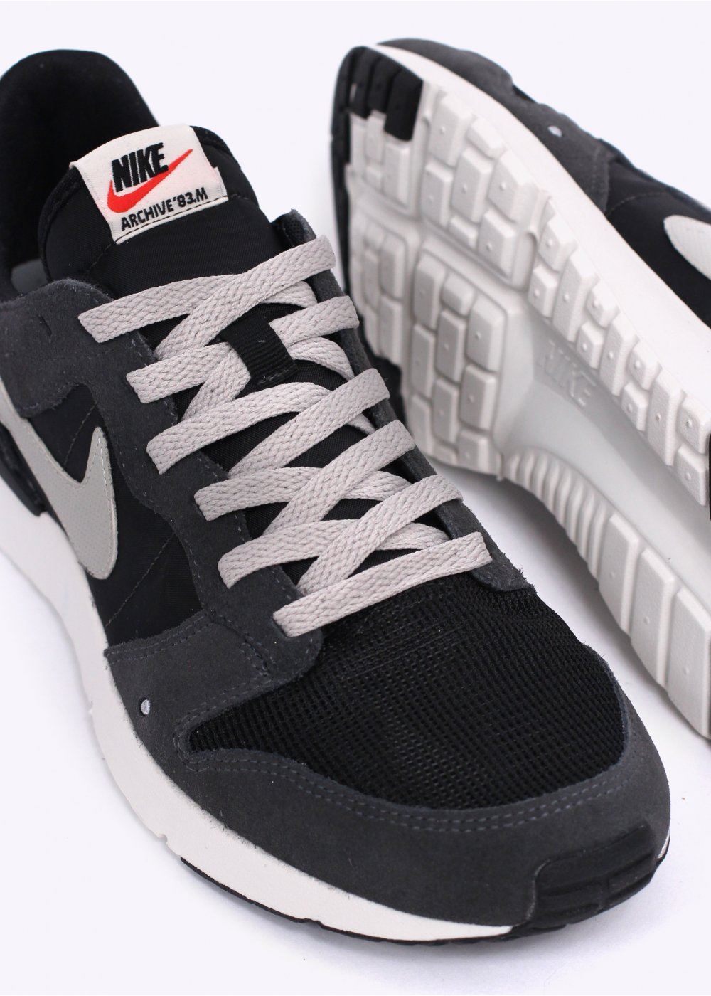 buy popular 4cffb 18b97 Archive   039 83.M Trainers - Anthracite   Lunar Grey   Black