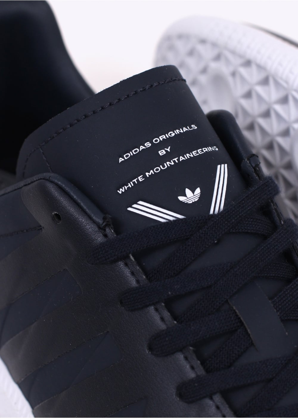 d89b0dde983a adidas Originals x White Mountaineering BW Trainers - Night Navy