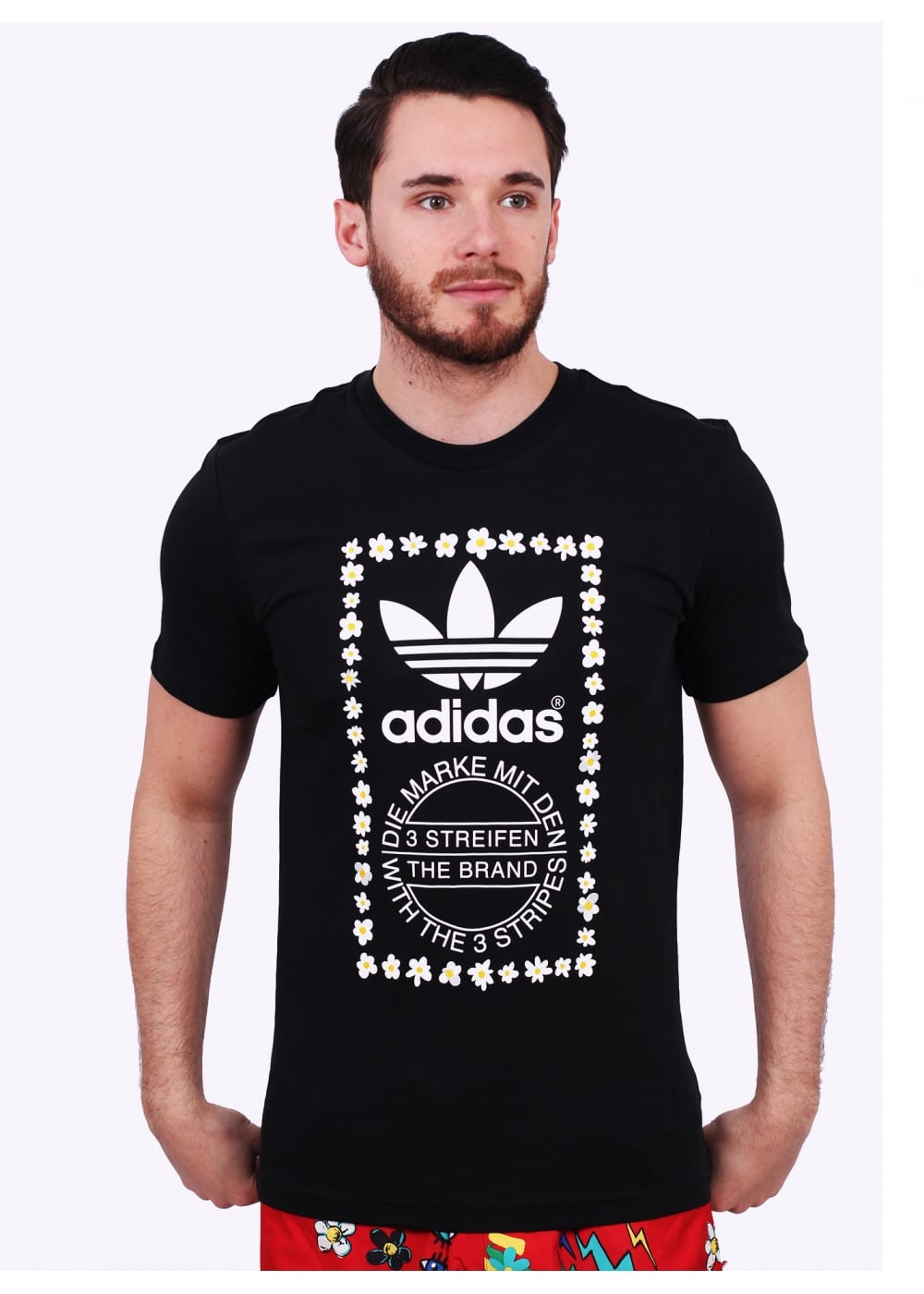 bruscamente Serafín Mancha  adidas Originals Apparel x Pharrell Williams Graphic Tee 1 - Black ...