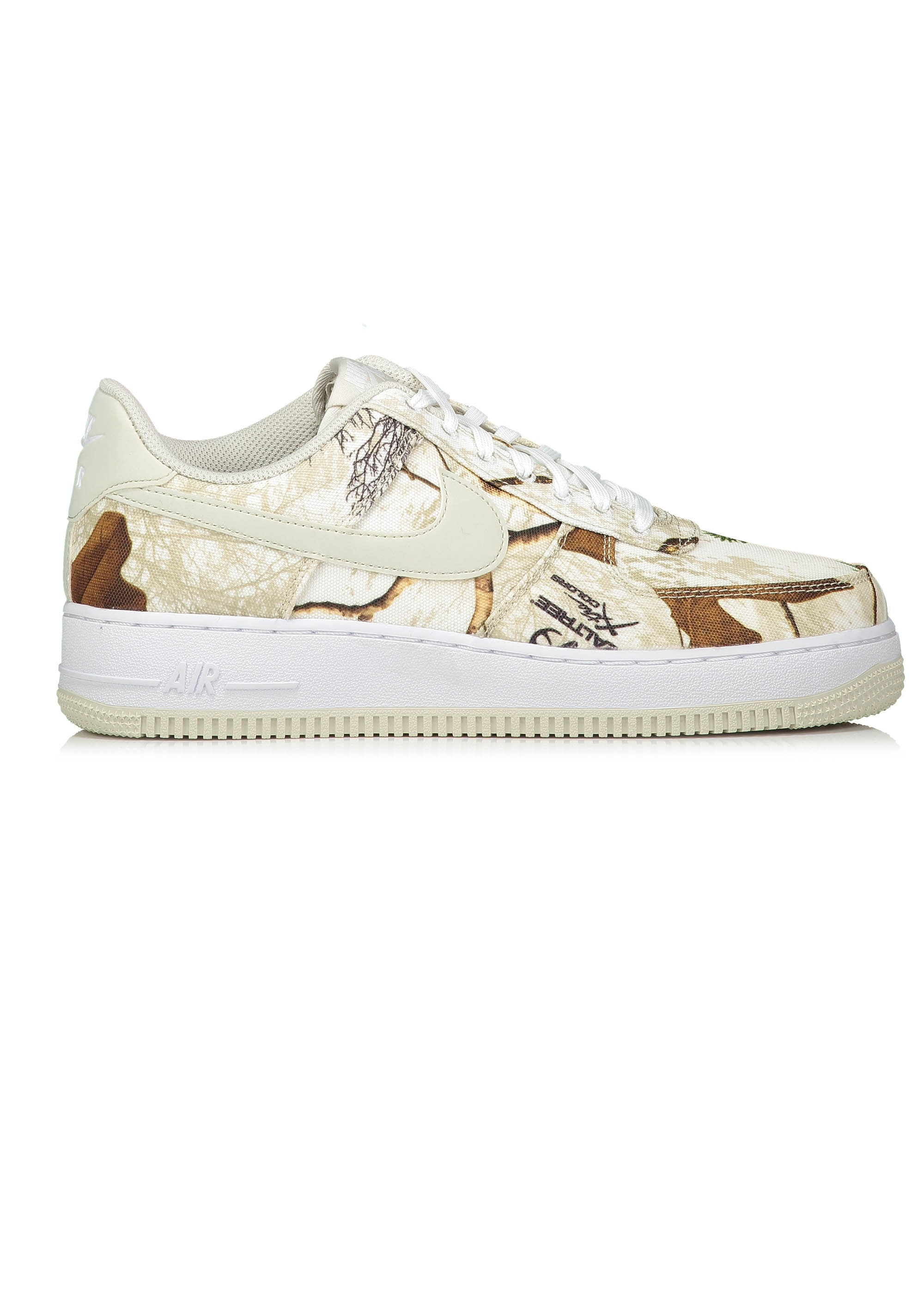 the best attitude 344f5 3f076 Realtree Air Force 1 07 LV8 3 - White